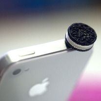 """♥♥ OREO COOKIE EARPHONE PLUG ♥♥ This is a Super Cute (Kawaii) OREO COOKIE ear plug that fits into a 3.5mm headphone jack : iphone 4/4G/3G, HTC, Blackberry, iPad 1/2, other product with 3.5mm headphone jack. The Measurement: approx. 0.75"""" in diameter Each ear plug purchased will come in a..."""