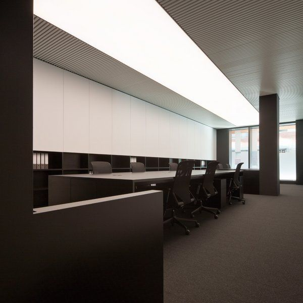 PBS office in Barcelona by Spanish architect Francesc Rife _