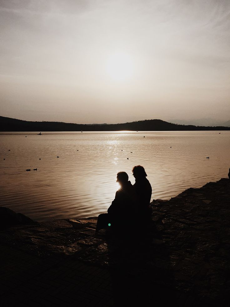 Elderly Couple In Love - http://www.splitshire.com/elderly-couple-love/