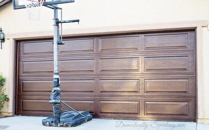 Inspiring Thoughts That We Have A Weakness For Darkgaragedoor Garage Door Update Garage Doors Garage Door Makeover