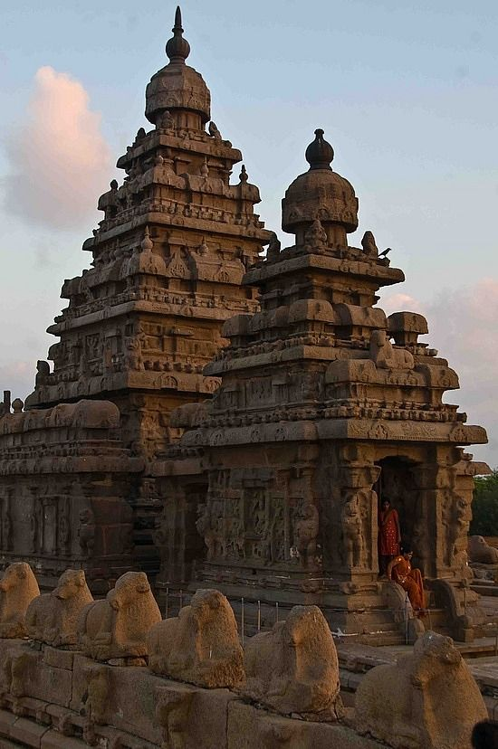 If you're ever in South India, don't miss Mahabalipuram. It's beautiful and has a fascinating history.