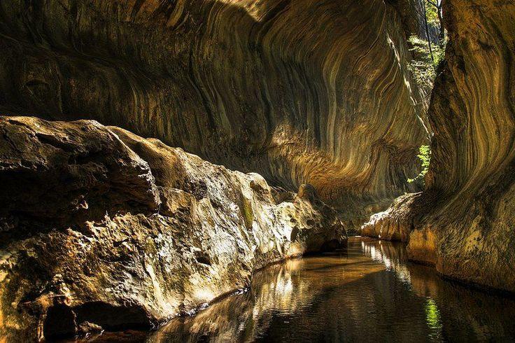 Canionul Carstic Banita,Petrosani,Romania