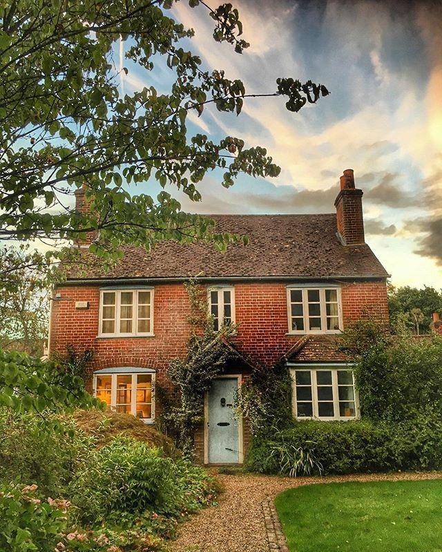 … schönes, einladendes Landhaus … #einladend…