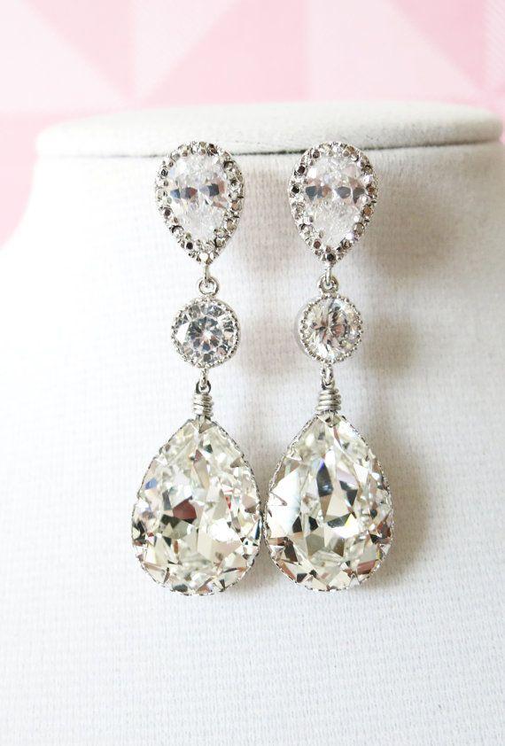Silver Swarovski Teardrop Crystal Earrings, Bridesmaid earrings, Bridal Wedding Jewelry, Swarovski Crystal Drops, white weddings, www.glitzandlove.com