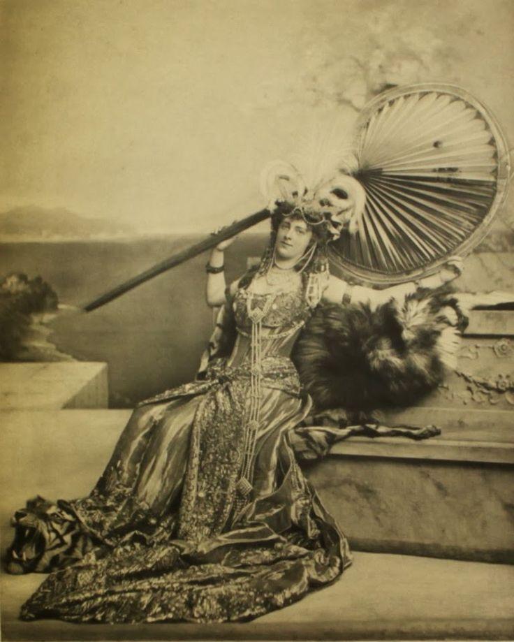 Il mondo di Sissi: Il ballo del 1897 della Duchessa del Devonshire