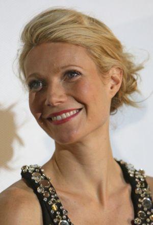 Iron Man Berlin Premiere gwyneth paltrow hair.jpg