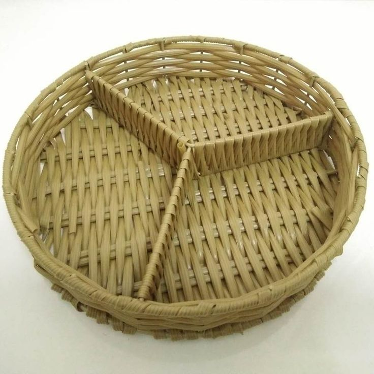 Food Grade Round Rattan Divided Tray