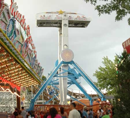 Albuquerque, NM - Cliff's Amusement Park offers more than 23 rides, games of skill, arcade and redemption deals and a variety of great food and gifts.