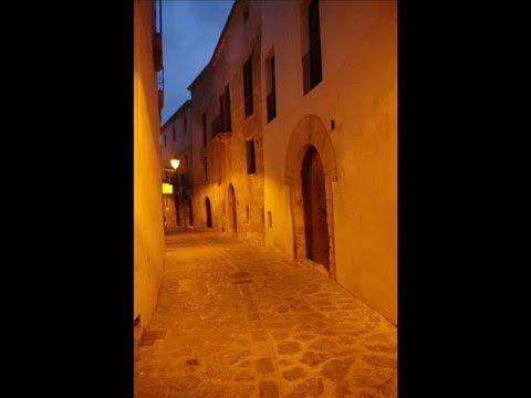 Fotos de: Islas Baleares - Ibiza - Ciudad - anocheciendo