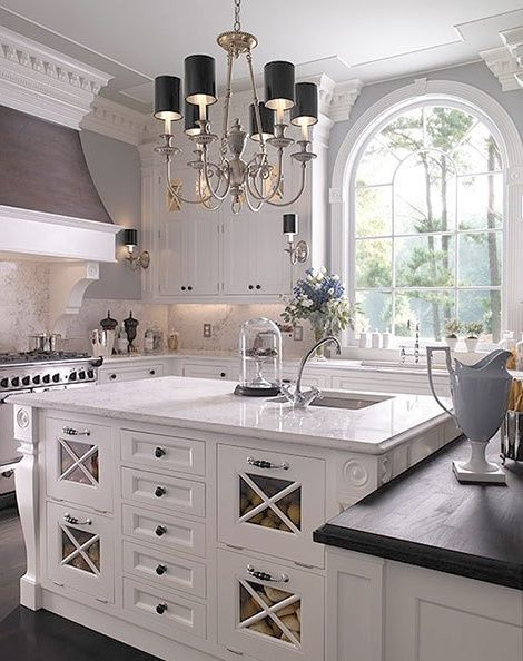 12+ Best Antique White Kitchen Cabinets in Trending Design Ideas for