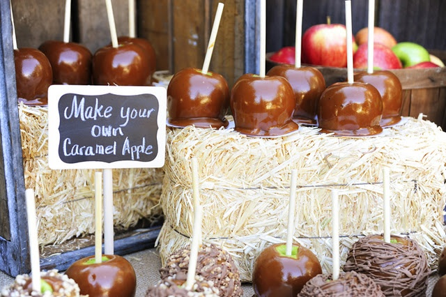 Great fall party ...... choose your own toppings for a take away treat)Candies Apples, Birthday Parties, S'Mores Bar, Fall Parties, Parties Ideas, Apples Parties, Party Ideas, Apples Bar, Caramel Apples
