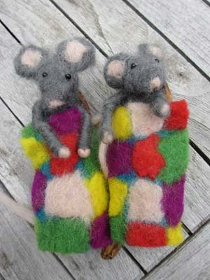 felted mouses by Nicole de Boer