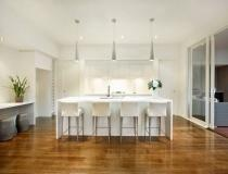 www.christinepatersoninteriors.com.au She paints all interior paintable surfaces in Dulux Whisper White.