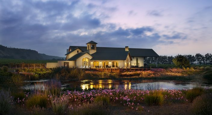 GoAltaCA | A wine trail in the Santa Lucia Highlands - California's cool-climate winemaking district is a 12-mile-long stretch of idyllic, wild vineyard sites carved along the western edge of the Salinas Valley above the Salinas River.