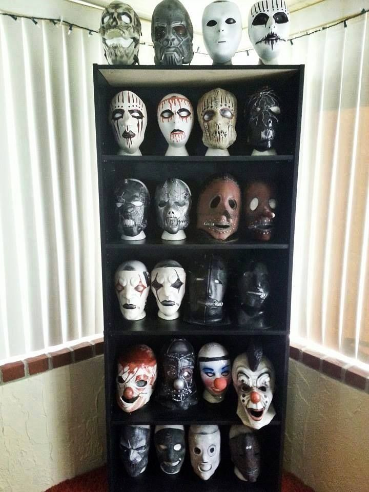 SLIPKNOT MASKS ...J want all of them!