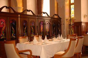 Banquet Table Decoration Ideas thumbnail