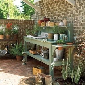 Potting bench by Ladybumblebee