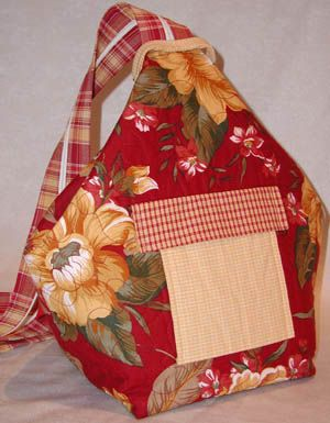 Super easy bag that changes from single strap to a backpack.********!!!!! Find on Kaye Wood (1 year ago) Chelsea Tote LGD 116 FIND PATTERN!!!