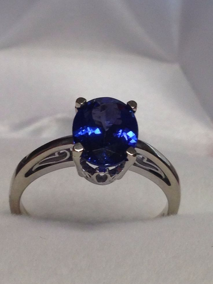 incredible 2 carat flawless tanzanite solitaire wedding ring with classic 14 carat white gold setting