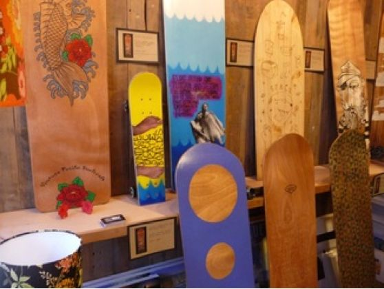 Noosa Longboards  An iconic surf store in Noosa's Hastings Street this is a must visit for all serious board riders and holidaymakers who want to catch the vibe of the Noosa experience.  Visit http://noosalongboards.com for their story And to experience the digital 'design a board' that can then be made to suit each rider's preferences check under the website drop down 'Store' . A great gift idea!  Photo credit: lenni.com.au Posted by www.beachhousenoosa.com and ...