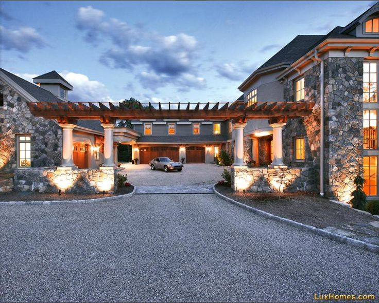 Ultimate Garages!!! Cant say I wasn't thinking of my husband! He would love this!