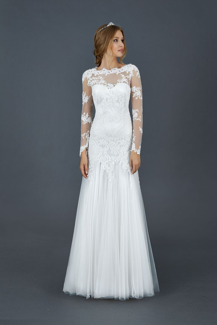 Slim Long Sleeved Lace Pattern A Line Dropped Waist Tulle