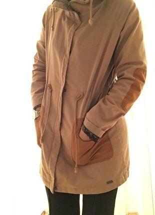 Love Nümph! Parka mit Patches - Kaufe meinen Artikel bei #Kleiderkreisel http://www.kleiderkreisel.de/damenmode/mantel/141076245-numph-parka-mantel-ubergangsjacke