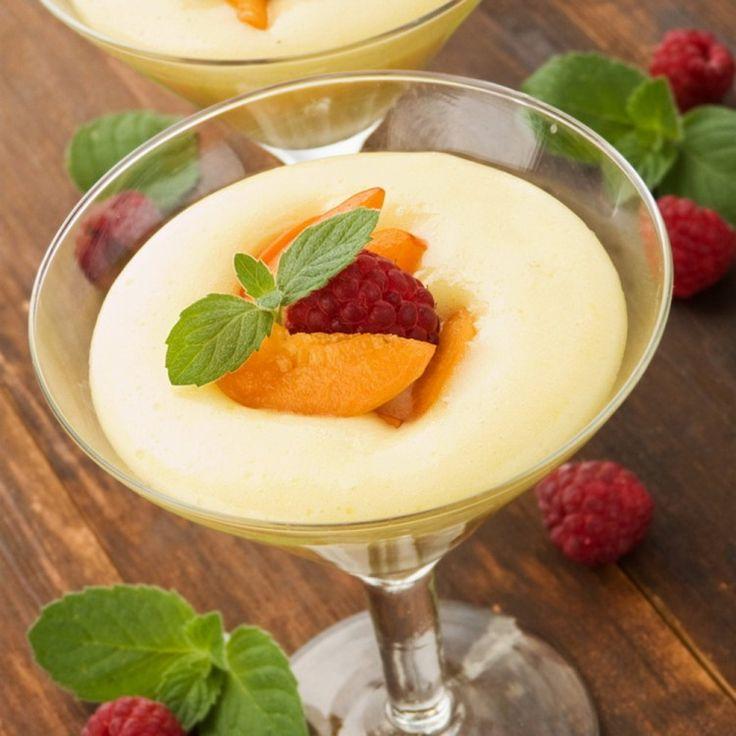 حلى الليمون البارد .. لكل محبي الحلويات الباردة، تعلمي مع مطبخ سيدتي إعداد حلى الليمون البارد، بطريقة سهلة، وبطعم ولا أروع، وقدميه بأيام الصيف الحارة، فطعمه منعش وطيب