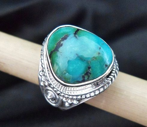 * TURQUOISE RING * * Sterling Silver * * Size 7 3/4 *