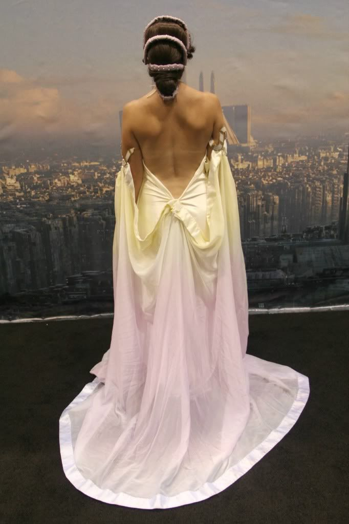 Thinking this might be the wedding dress I d want..if I had a big wedding. Star  Wars theme e5c51f980