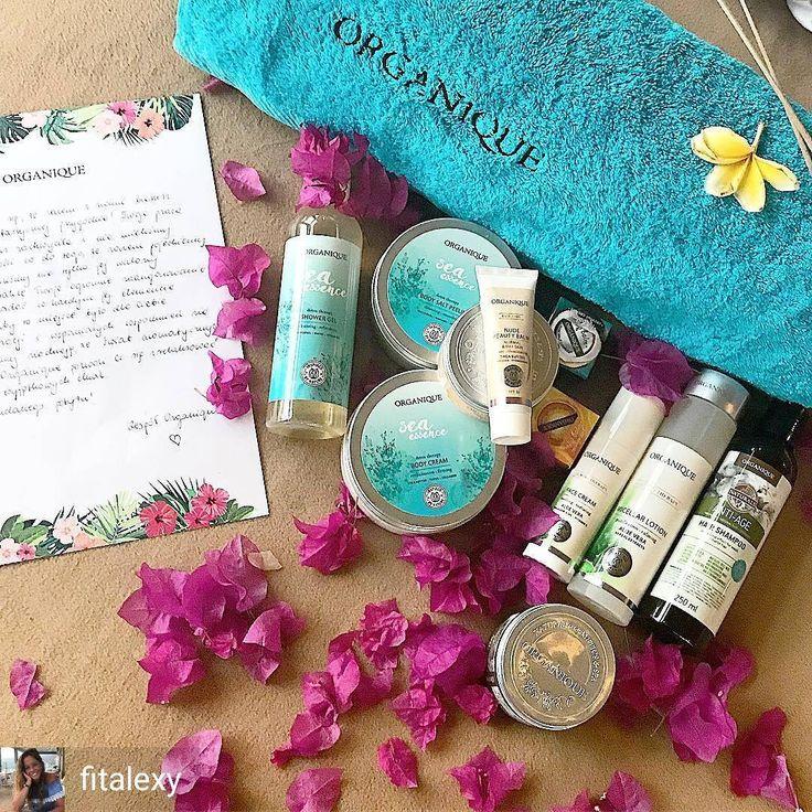 """Polubienia: 293, komentarze: 2 – ORGANIQUE (@organique_polska) na Instagramie: """"Tak powitaliśmy konkursową ekipę na Bali 💙💙💙 Dzisiaj nasze dziewczyny dotarły na wyspę, albo - jak…"""""""