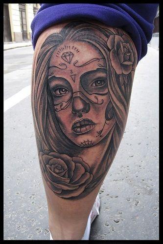 Black Moon Tattoo - Serényi Hajni tetováló művész