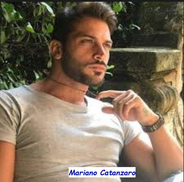 Scopriamo chi è il nuovo tronista di #uominiedonne #Mariano #Catanzaro http://www.ilblogdiuominiedonne.net/schede-dei-tronisti-di-uomini-e-donne/biografia-mariano-catanzaro-tronista-uomini-donne/