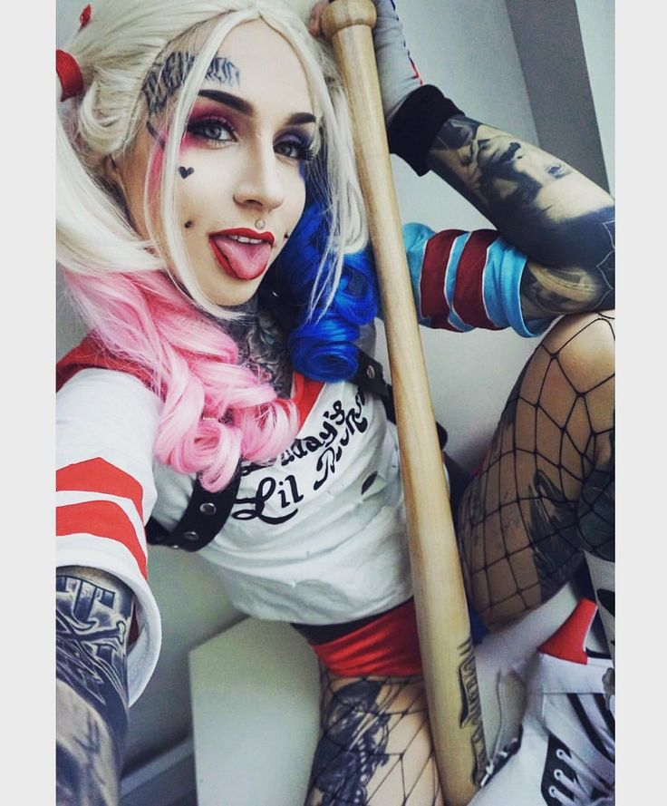 Harley Quinn by Monami Frost