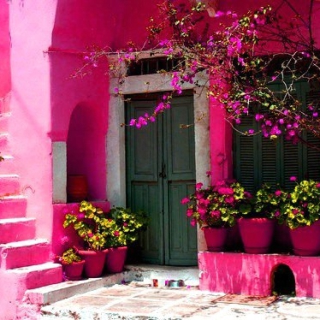 Pink: Pink Pink Pink, Things Pink, Favorite Places, Home Exterior, Pretty Pink, Pink Garden, Hot Pink, Pink Houses, Pink Wall