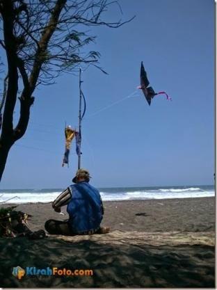 Mengunjungi Pantai Baru Bantul, Yogyakarta… |  Kisah Foto