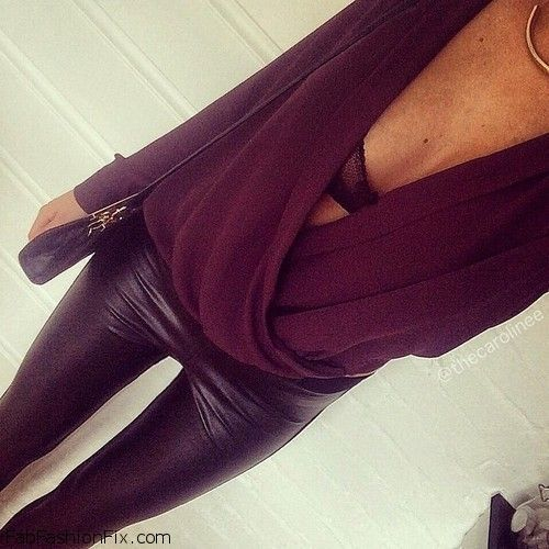 Loose top, sexy bra and black leather pants for evening outfit.  #leather