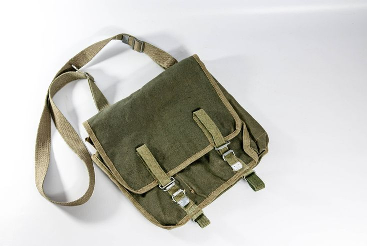 Military men's messenger bag, Polish military bag, vintage army bag, vintage bag, military green bag, bag with strap, men's shoulder bag by VintageEuropeDesign on Etsy