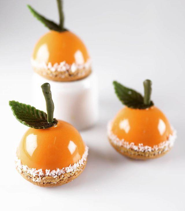 Orange/yougurth petit four #foodporn #sexycake #yummy #gateautropbon #chef…