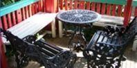 How to Paint Cast Aluminum Patio Furniture | eHow.com