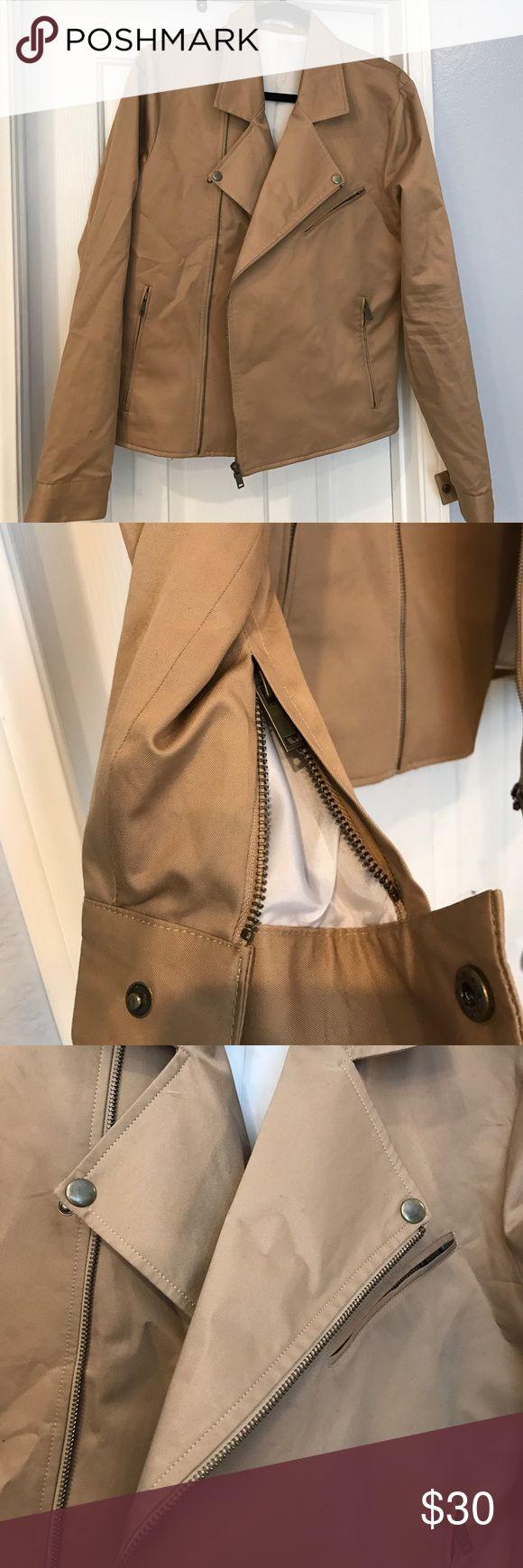 Topman light brown medium jacket Topman light brown medium jacket. There is one flaw in that inside pocket is missing the button but not noticeable as it is on the inside Topman Jackets & Coats Lightweight & Shirt Jackets