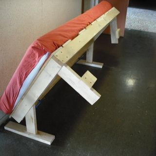 DiY how to make a fold-up bed. The site includes downloadable instructions.