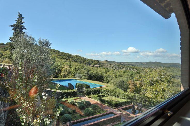 Pool and garden at Villa Acquerello - Chianti region!