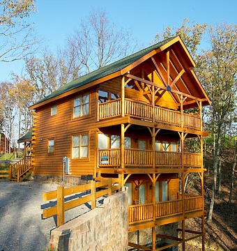 Pigeon Forge Tennessee - This looks just like the three story cabin we stayed in.