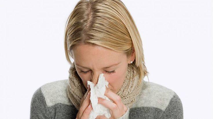 """Trápí Vás rýma a ucpaný nos? Než podlehnete reklamním tahákům a """"zaručeným"""" léčivým prostředkům, vyzkoušejte něco z přírodní medicíny."""