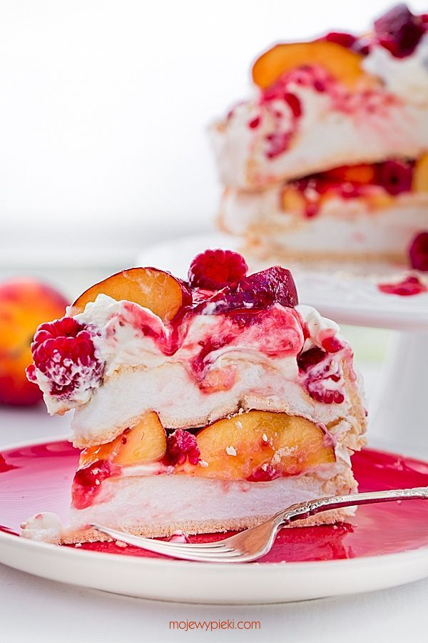 peach melba meringue cake