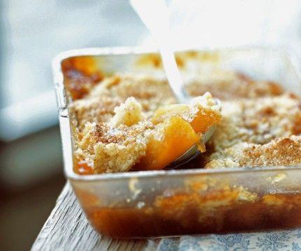 Crumble aux pommes et caramel au beurre salé de Cyril Lignac: