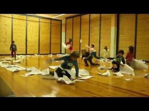 Segni mossi, laboratorio di danza-disegno 2 - YouTube