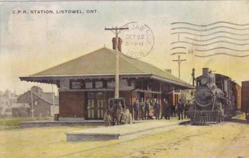 LISTOWELL, Ontario - C-P-Railroad-Station - old colour postcard pm1908