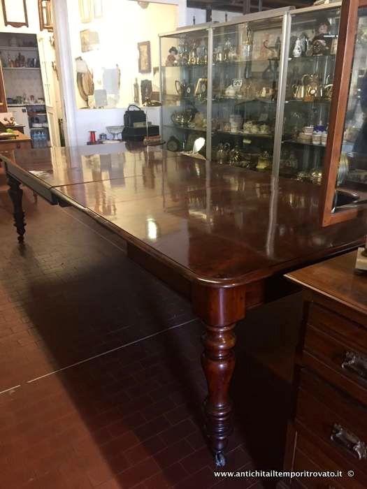 Mobili antichi - Tavoli allungabili Grande tavolo Vittoriano in mogano - Antico tavolo di grandi dimensioni Immagine n°1